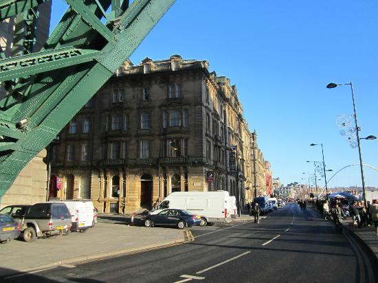 Premier Inn Newcastle Quayside The Foot Of Tyne Bridge And Hotel On