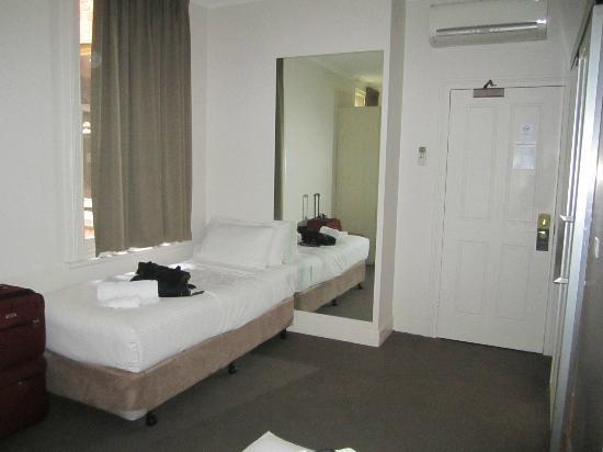 Pensione Hotel Melbourne - by 8Hotels: Room #2