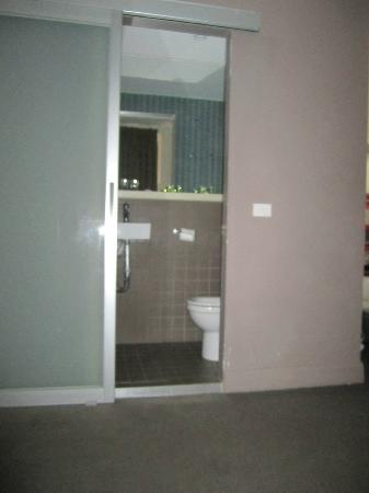 Best Western Melbourne City: Bathroom