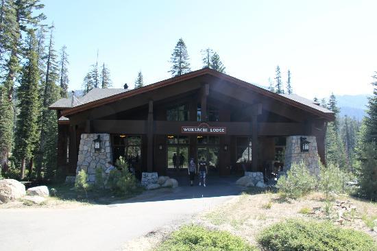 Wuksachi Lodge: Batiment principal