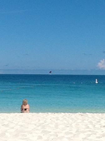Villa del Mar: sept. 2012/sitting and relaxing on Grace Bay. 