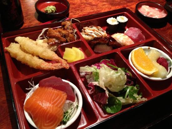 Sushi Hiroba : ランチセット