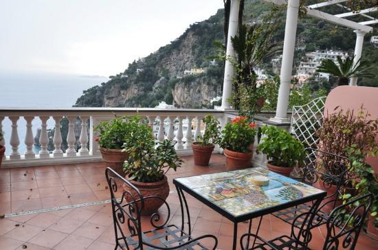 Hotel Villa Gabrisa: Terraza habitación superior