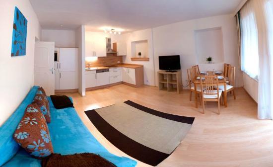 Haus Romanelli: Apartment Mayrhofen - Wohnküche
