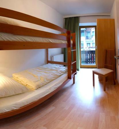 Haus Romanelli: Apartment Mayrhofen - Kinderzimmer