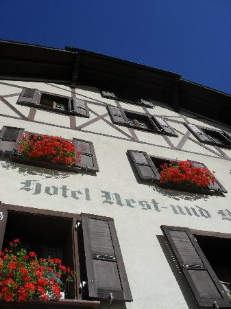Hotel Nest - und Bietschhorn: Front of the hotel... part of it, anyway!