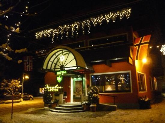 Hotel Tiroler Adler: das Hotel