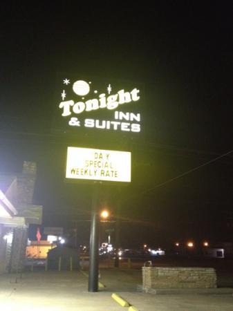 Tonight Inn & Suites