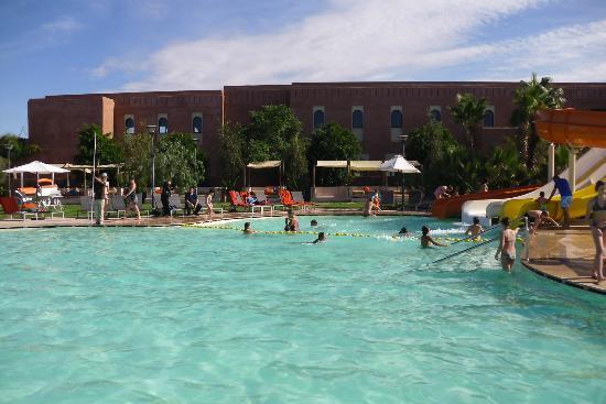 Kenzi Club Agdal Medina: La piscine