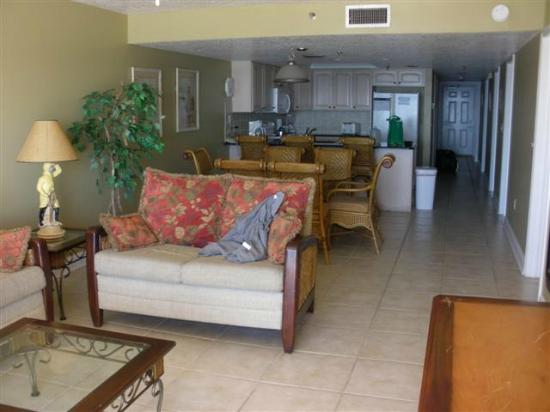 Sand Dollar Condominiums: Livingroom to kitchen