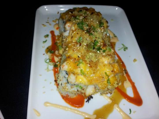 My Plate Asian Fusion and Bar: Langostino Volcano Roll