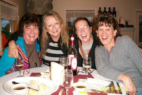 McIntosh Orchards : Great place for a girls night out
