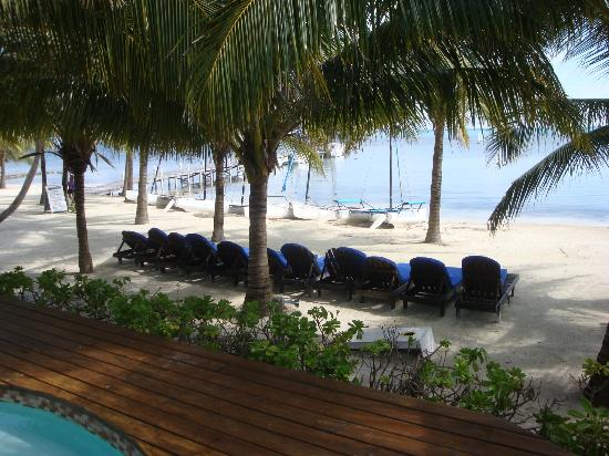 Caribbean Villas Hotel : Great beach