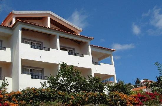 Quinta Mae Homens Apartments
