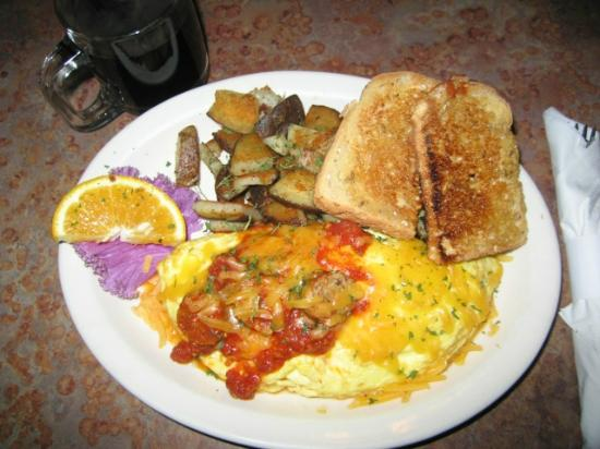 Lightship Restaurant: Breakast served daily 'til 2:00pm