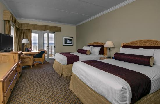 Cherry Tree Inn & Suites: The Elk Rapids Studio