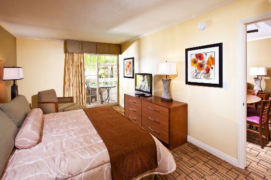 وينرز سيركل ريزورت: Bedroom Area