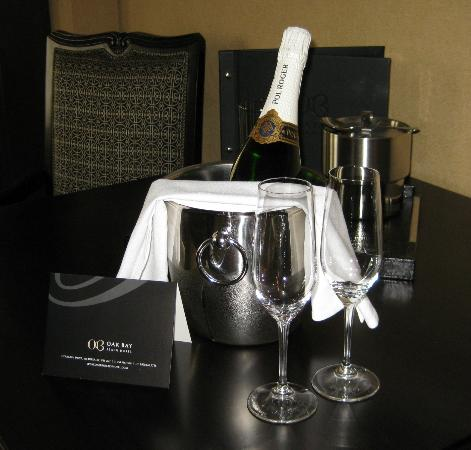 Oak Bay Beach Hotel : Champagne wishes and Caviar Dreams!