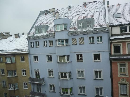 Ibis Innsbruck: Con la neve è davvero Natale :)