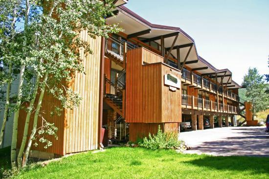Shadowbrook Condominiums: exterior