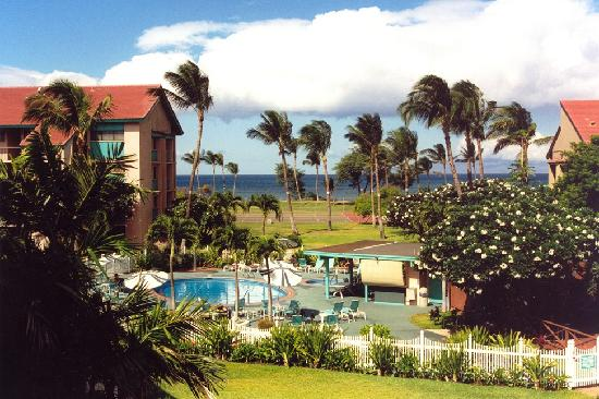 Maui Schooner Resort: View of Property