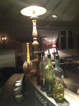 The Devonshire Arms: Homemade Oils, Pickles and Pickled Onions