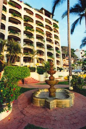 Lindo Mar Resort: Exterior