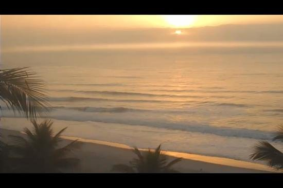 Tombo beach: nascer do sol na Praia do Tombo! lindo demaissss!