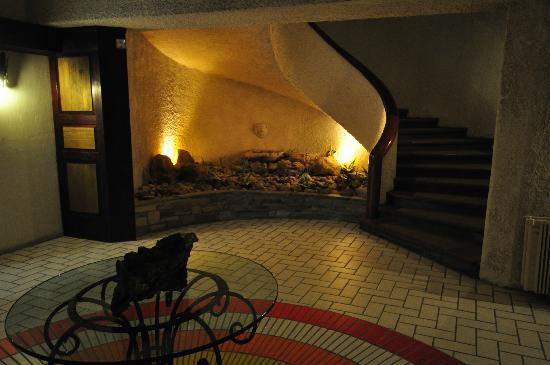 Athos Palace Hotel: Stairs, Athos Palace, Sept 2012
