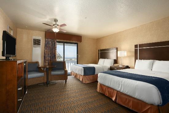 Days Inn Morro Bay : Non Smoking Two Queen Beds