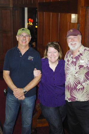 Cedar Gables Inn: Ken and Susie with my husband