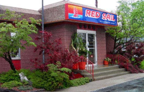 Red Sail Restaurant & Tavern
