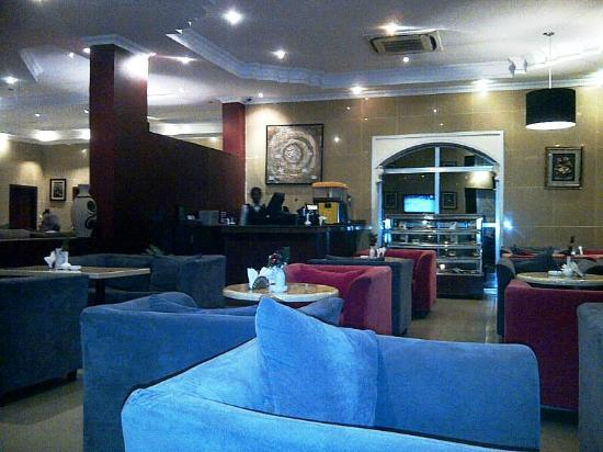 Paradise Express Hotel: Caffe 36