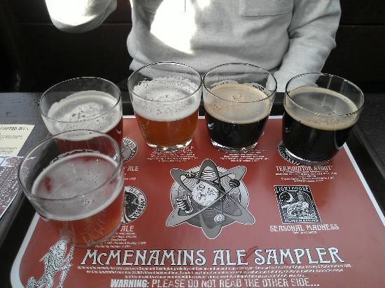 McMenamins Hotel Oregon: The hotel upstairs pub beer sampler