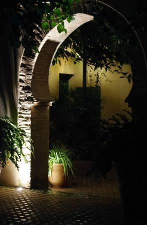 Fez Cafe at Le Jardin Des Biehn: An archway in the garden
