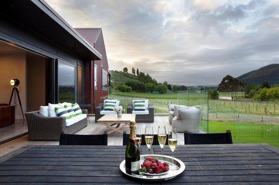 Kiwiesque : Enjoy the Multiple outdoor living areas
