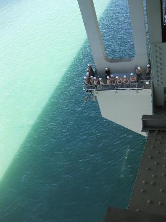 Auckland Bridge Climb: out on a linb!