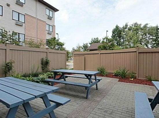 Residence & Conference Centre - Kitchener-Waterloo: Patio Area