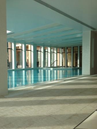 Real Marina Hotel & Spa: indoor pool