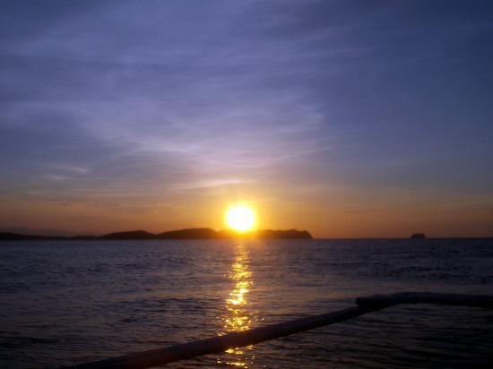 Aqua Venture Reef Club: sunset Anilao