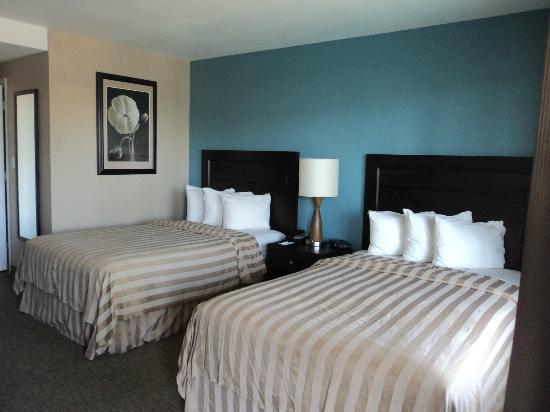 Quality Inn Flamingo: habitación doble, almohadas muy ricas!