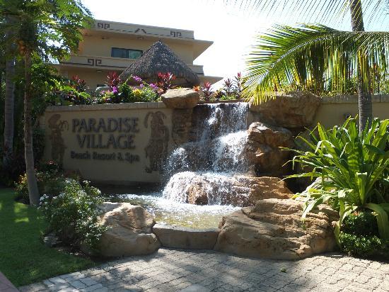 Paradise Village Beach Resort & Spa: Property Entrance
