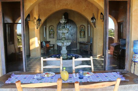 Villa Santa Cruz: breakfast each morning.