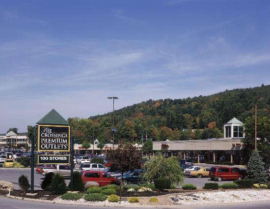 Tannersville, PA: The Crossings Premium Outlets