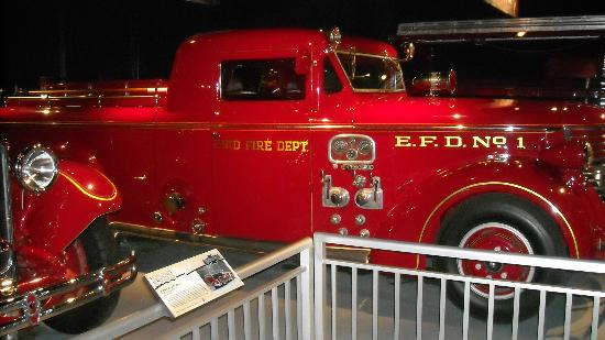 North Charleston and American LaFrance Fire Museum and Educational Center : First Streamline Design by American Lafrance