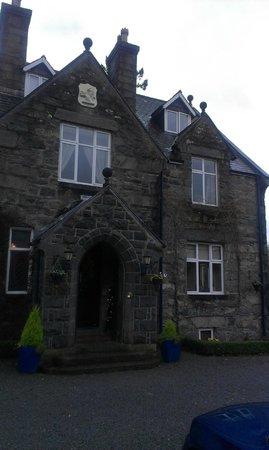 Penmaenuchaf Hall: Front door
