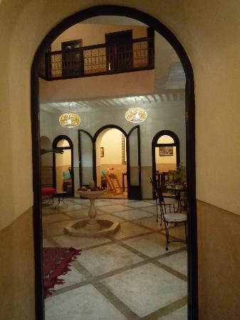Riad Ghemza: une vue du patio