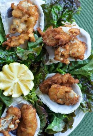 Lemon Leaf Cafe: fried oysters