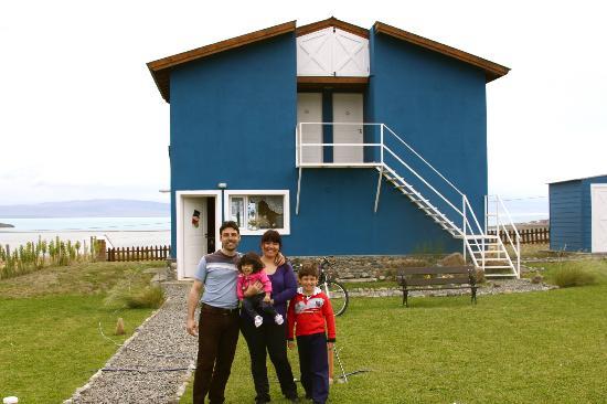 Casa Azul - Familia Patagonica : Beautiful family.