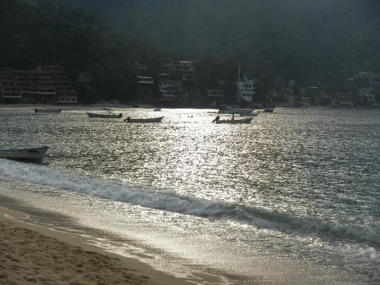 Costa Sur Resort & Spa: Yelapa, safe harbor